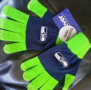 Seahawk gloves